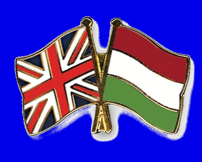 Flag-Pins-Great-Britain-Hungary