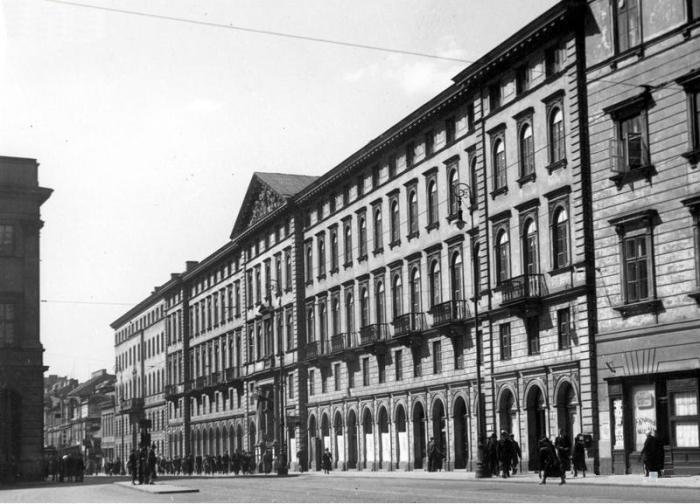 Ministerstwo Spraw Wewnętrznych przy ulicy Nowy Świat 69 w Warszawie - czerwiec 1934, obecnie budynek Uniwersytetu Warszawskiego - Wydziału Dziennikarstwa i Nauk Politycznych
