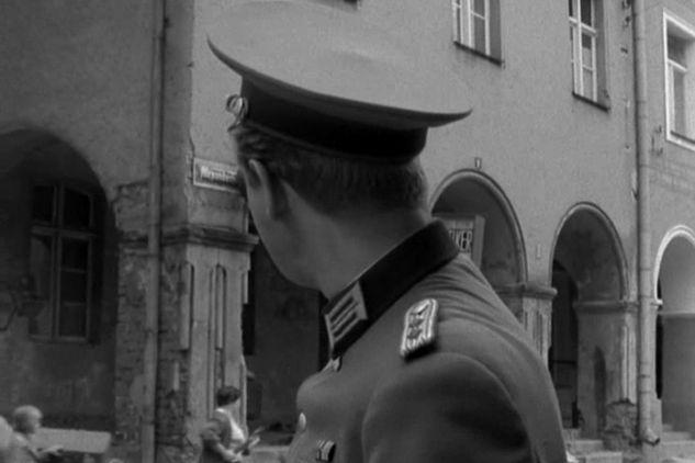 """Odc. 15 """"Oblężenie"""": serialowym Tolbergiem było Stare Miasto w Olsztynie (fot. TVP)"""