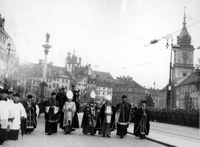 Plac Zamkowy pogrzeb Marszałka