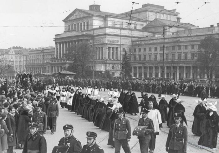 Pogrzeb wiceprezydenta Warszawy Medarda Downarowicza w Warszawie 19.10.1934