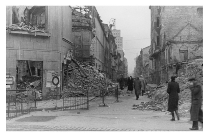 Warsaw 041