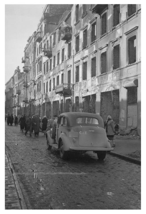 Warsaw 046