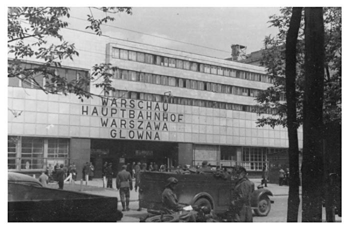 Warsaw 070