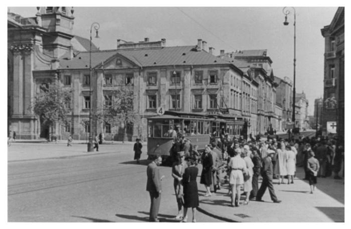 Warsaw 122