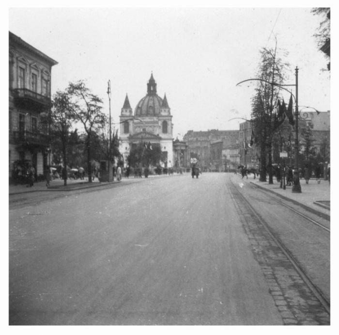 Warsaw 129