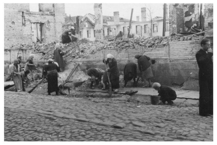 Warsaw_Ghetto_57
