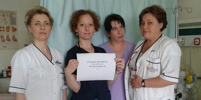 Rezydenci popierają pielęgniarki (Samodzielny Publiczny Centralny Szpital Kliniczny)